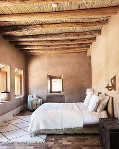 Adobe Haus, Wood Sconce, Mud House, Moroccan Interiors, Moroccan Bedroom, Desert Homes, Camper Makeover, Earth Homes, Mediterranean Decor