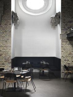 AMM blog | new PAIR chair in restaurant Taarnet