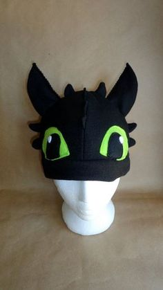 Toothless the Dragon Hat-Free US Shipping by EpicInspiration on Etsy Cape Costume, Costume Hats, Adult Costumes, Halloween Costumes, Toothless Costume, Toothless Dragon, Dragon Costume, Fantasias Star Wars, Adulte Halloween