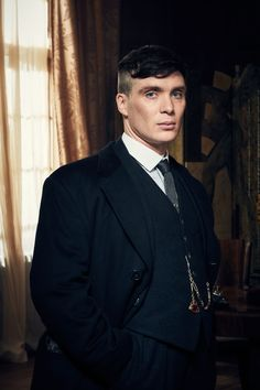 "Cillian Murphy: Peaky Blinders movie is a ""sexy idea"" Peaky Blinders Poster, Peaky Blinders Wallpaper, Peaky Blinders Series, Peaky Blinders Quotes, Peaky Blinders Tommy Shelby, Peaky Blinders Thomas, Cillian Murphy Peaky Blinders, Cillian Murphy Movies, Peaky Blinders Frisur"