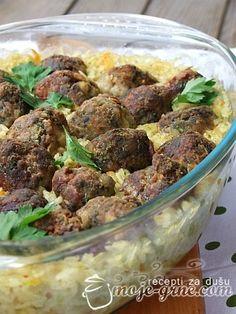 Pirinač sa ćufticama od zelja i mesa - http://moje-grne.com/2012/04/18/pirinac-sa-cufticama-od-zelja-i-mesa/