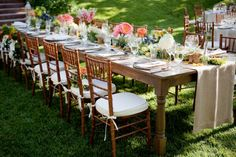 Today's brides and grooms embrace farm venues and farm-fresh style for weddings.