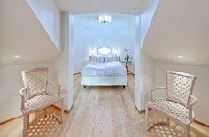 attic room (7)