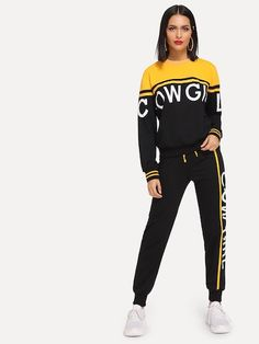 Shop Colorblock Letter Sweatshirt and Drawstring Waist Sweatpants Set online. SHEIN offers Colorblock Letter Sweatshirt and Drawstring Waist Sweatpants Set & more to fit your fashionable needs. Sweat Shirt, Daily Fashion, Fashion News, Woman Fashion, Black Two Piece, Two Piece Outfit, Clothing Co, Sport Wear, Cropped Hoodie