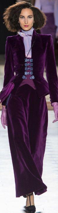 High Fashion, Fashion Show, Womens Fashion, Fashion Design, Fashion Trends, Color Wheel Fashion, Julien Fournié, Velvet Fashion, Purple Fashion