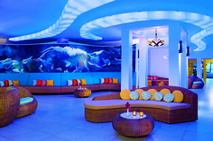 Sunscape Curaçao Resort, Spa & Casino   Located near one of the world's most praised diving sites, the resort offers guests all the privileges of Unlimited-Fun®, including limitless access to a rich variety of restaurants, bars, and lounges. At Sunscape Curaçao you will enjoy an unforgettable vacation filled with activities, events, parties and more where everything is included and wristbands are never required! By Hotelied.