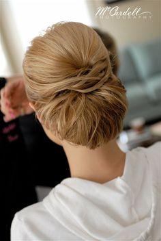 Fabulous Classy A Lady And Lilies On Pinterest Short Hairstyles Gunalazisus