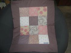 Couverture/ plaid pour bébé en patchwork : Décoration par histoire-de-ma-lice