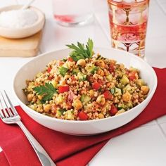 Taboulé au quinoa et pois chiches - Soupers de semaine - Recettes 5-15 - Recettes express 5/15 - Pratico Pratique