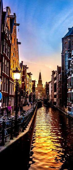 Amsterdam, Netherlands. MUY HERMOSA, PARA VISITARLA Y NO OLVIDARLA NUNCA.-