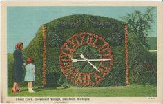 Postcard - linen - C.T. Art Colortone - Floral Clock, Dearborn, Michigan