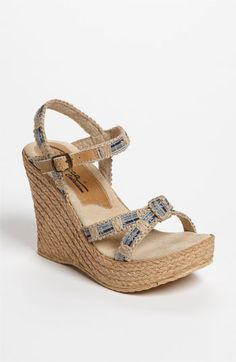 Cute for summer...and they look comfortable too!
