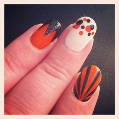 wish i could do my nails like this!