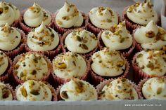luxury carrot cupcakes