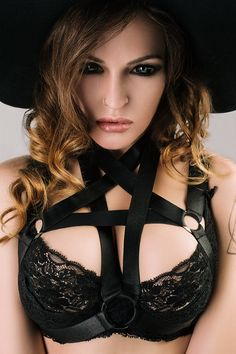 BLACK HAT // studio #modeling #model #girls #sexy #studios #shooting #hakueizm #blackhat #styling #lookbook