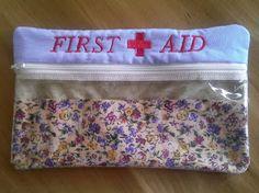 weidemamas: Erste Hilfe Tasche und eine für das Nagelscherchen...