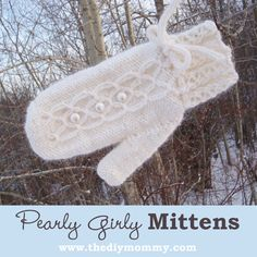 A Handmade Christmas: Knit Pearly Girly Mittens | The DIY Mommy
