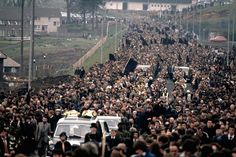 Bobby Sands MP Funeral Bobby Sands, Irish Independence, Northern Ireland Troubles, Time In Ireland, Irish Republican Army, Irish People, Political Prisoners, Story Of The World, Irish Celtic