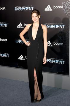 """Shailene Woodley KILLS IT at the NYC premiere of """"Insurgent."""""""