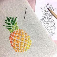 Premier modèle terminé Qu'en pensez-vous ? #broderie #ananas #embroidery #color #happy #first #diy #createur #madeinfrance #homemade