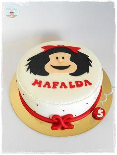 Cupcakes, Cupcake Cakes, Beautiful Cakes, Amazing Cakes, Snoopy Cake, Torte Cake, Fondant Cakes, Birthday Cake, Happy Birthday
