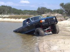 Ford F-150 lifted truck