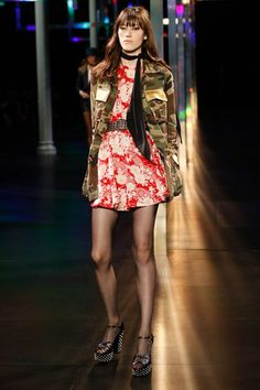 http://thefashionwatch.com/wp-content/uploads/2014/10/Saint-Laurent-Spring-Summer-Designer-Jackets-Mini-Shorts-2015-2016-Ready-To-Wear-Collection-2.jpg