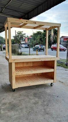 Pallet mini market carts by Mitalia Trading Size x x Width… Juice Bar Design, Food Cart Design, Kiosk Design, Store Design, Design Design, Mobile Food Cart, Market Stands, Coffee Stands, Coffee Carts