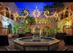 En güzel dekorasyon paylaşımları için Kadinika.com #kadinika #dekorasyon #decoration #woman #women Christmas Decorations at the House of Hospitality in Balboa Park San Diego