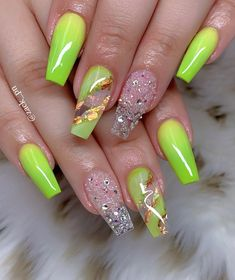 Zomer acryl nagel ontwerp – www.c … – … – summer acrylic nails Summer Acrylic Nails, Best Acrylic Nails, Acrylic Nail Designs, Neon Nail Designs, Perfect Nails, Gorgeous Nails, Pretty Nails, Bling Nails, Swag Nails