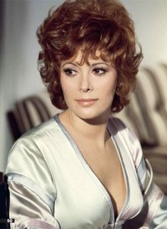 Tiffany Case - Jill St John - James Bond 007 - Diamonds Are Forever 1971 Hollywood Stars, Classic Hollywood, Jill St John, James Bond Women, John Tiffany, Bond Series, Playboy, James Bond Movies, Actrices Hollywood