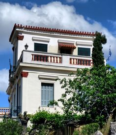 century traditional style House in the historic centre 'Plaka' area of Athens, Greece - with acroterion in sienna colour House Doors, Mediterranean Sea, Old Houses, Athens Greece, Island, Traditional, Mansions, Dream Houses, Architecture