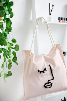 Bag It Up   The Lovely Drawer Blush Cushions, Diy Clothes Design, Armband Diy, Painted Bags, Bag Packaging, Diy Schmuck, Cute Bags, Canvas Tote Bags, Diy Fashion