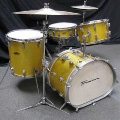 Trixon Drums. Cool conical tom and dual pitch bass drum. My brother had a set like this in the seventies. Italian, IIRC.