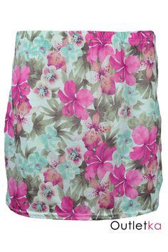 Spódnica firmy Miso, z modnymi w tym sezonie motywami kwiatów. Spódnica na gumce, dzięki czemu dobrze dopasowuje się do sylwetki.