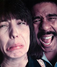 Lily Tomlin & Richard Pryor, Los Angeles, 1974 by Annie Leibovitz Famous Photographers, Portrait Photographers, Annie Leibovitz Photography, Comedy And Tragedy, Stand Up Comedians, National Portrait Gallery, Famous Faces, Funny People, Celebrity Photos