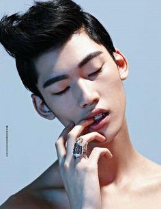 Jeong Yong Soo by Moke Najung, Esquire Korea
