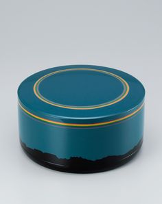 Maki-e lacquer box by National Living Treasure of Japan, Masami ISOI