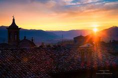 #igersferrara #ig_ferrara #brisighella #tramonto #sunset #ig_emilia_romagna #colline #landscape_lovers #paesaggio #italia #romagna #vivoemiliaromagna #volgoemiliaromagna #igersitalia #corriere #instagram #turistipercaso #turismoer #turismoravenna #Ravenna #myravenna by francescocavallari78