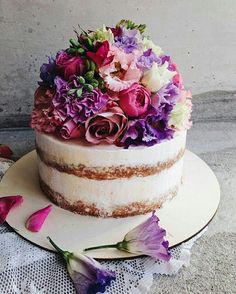 Cake Decorating, Decorating Ideas, Beautiful Cakes, Vanilla Cake, Party, Desserts, Food, Birthday, Pretty Cakes