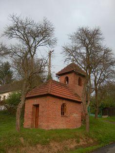 Kaplička ve Starých Hutích, říjen 2014