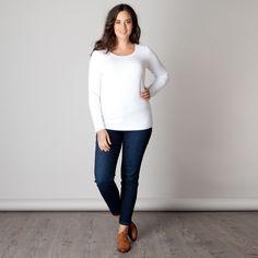 Het Varese shirt heeft een aansluitend slim fit model met lange mouw. U kunt het shirt prima combineren met bijvoorbeeld een mouwloze tuniek of u draa... Bekijk op http://www.grotematenwebshop.nl/product/shirt-varese-van-x-two-voor-vrouwen-met-grote-maten-11/