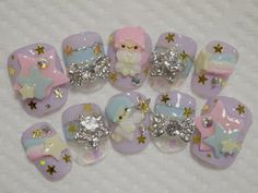 Ready to ship the little twin stars nail by ohimenail on Etsy, $12.50