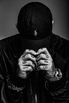 Tattoo Designs, Rings For Men, Black And White, Tattoos, Photography, Instagram, Wallpapers, Life, Art