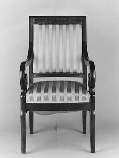 Duncan Phyfe arm chair