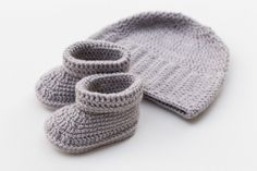 Silver Gray Baby Set, Crochet Hat and Booties, Free shipping, Baby, Shower gift…