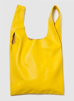 """BAGGU   LEATHER BAG M    Simple shape made of the softest natural milled leather.  Comfortably fits over the shoulder. Medium bag is 14"""" wide and 24"""" tall with a 4"""" gusset and a 10"""" handle drop. Made in NYC."""