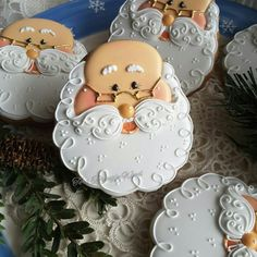 Santa cookies beard, no santa hat - picture only Santa Cookies, Galletas Cookies, Iced Cookies, Cute Cookies, Cupcake Cookies, Christmas Biscuits, Christmas Sugar Cookies, Holiday Cookie Recipes, Holiday Cakes