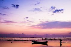 Nusa Lembongan's sunset #Bali #Indonesia Pinned from BaLI BALi bALi on Tumblr