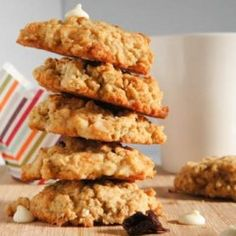 Need to try this! (But will probably replace the egg with flax meal)  - White Chocolate Cookies with Quinoa